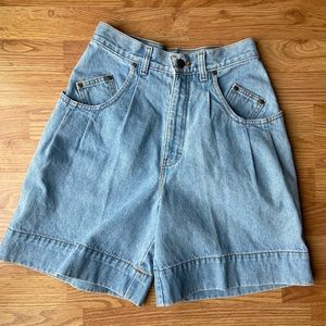 Vintage 90's high waisted Mom jeans